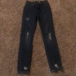 Girls Old Navy distressed jeans